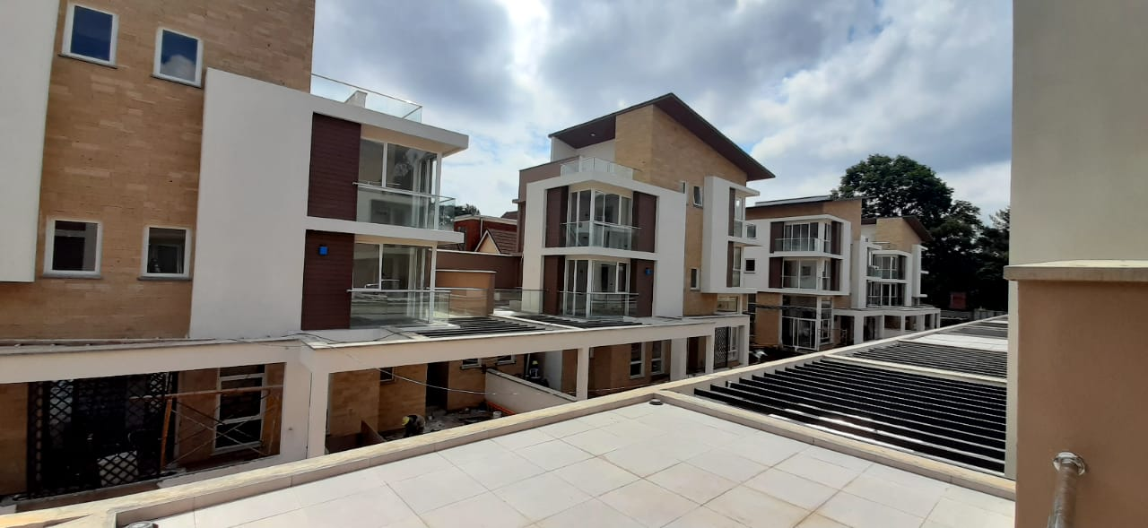 4 Bed Townhouse in Lavington